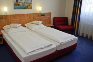 Airport BusinessHotel Koln